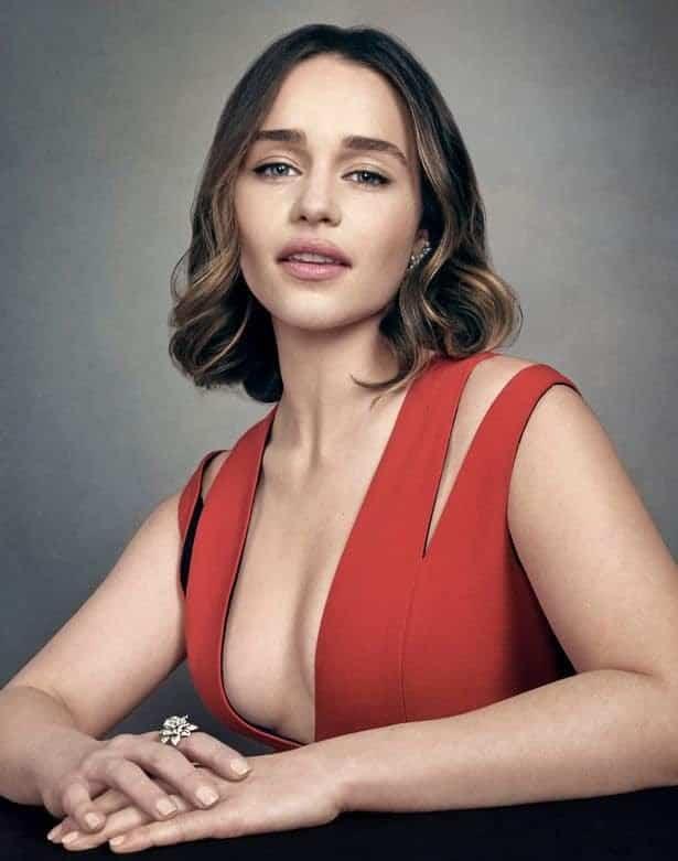 Emilia-Clarke-nahé-a-sexy-fotky23