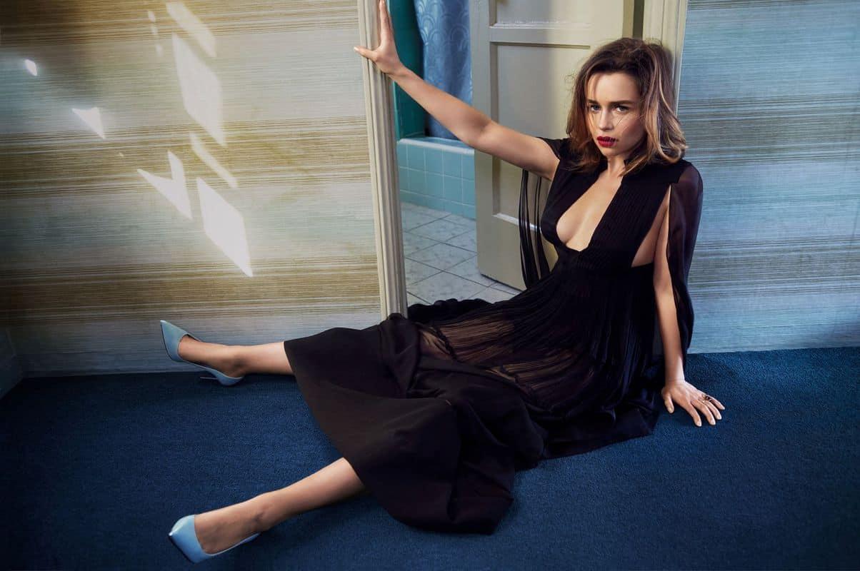 Emilia-Clarke-nahé-a-sexy-fotky27