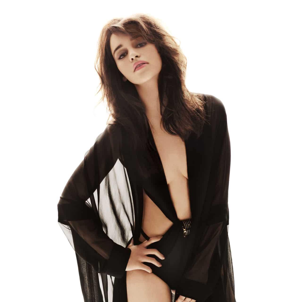 Emilia-Clarke-nahé-a-sexy-fotky33
