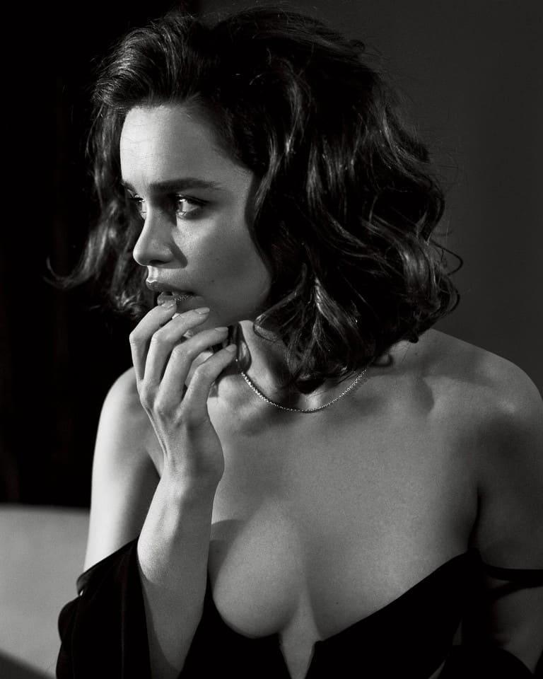 Emilia-Clarke-nahé-a-sexy-fotky41