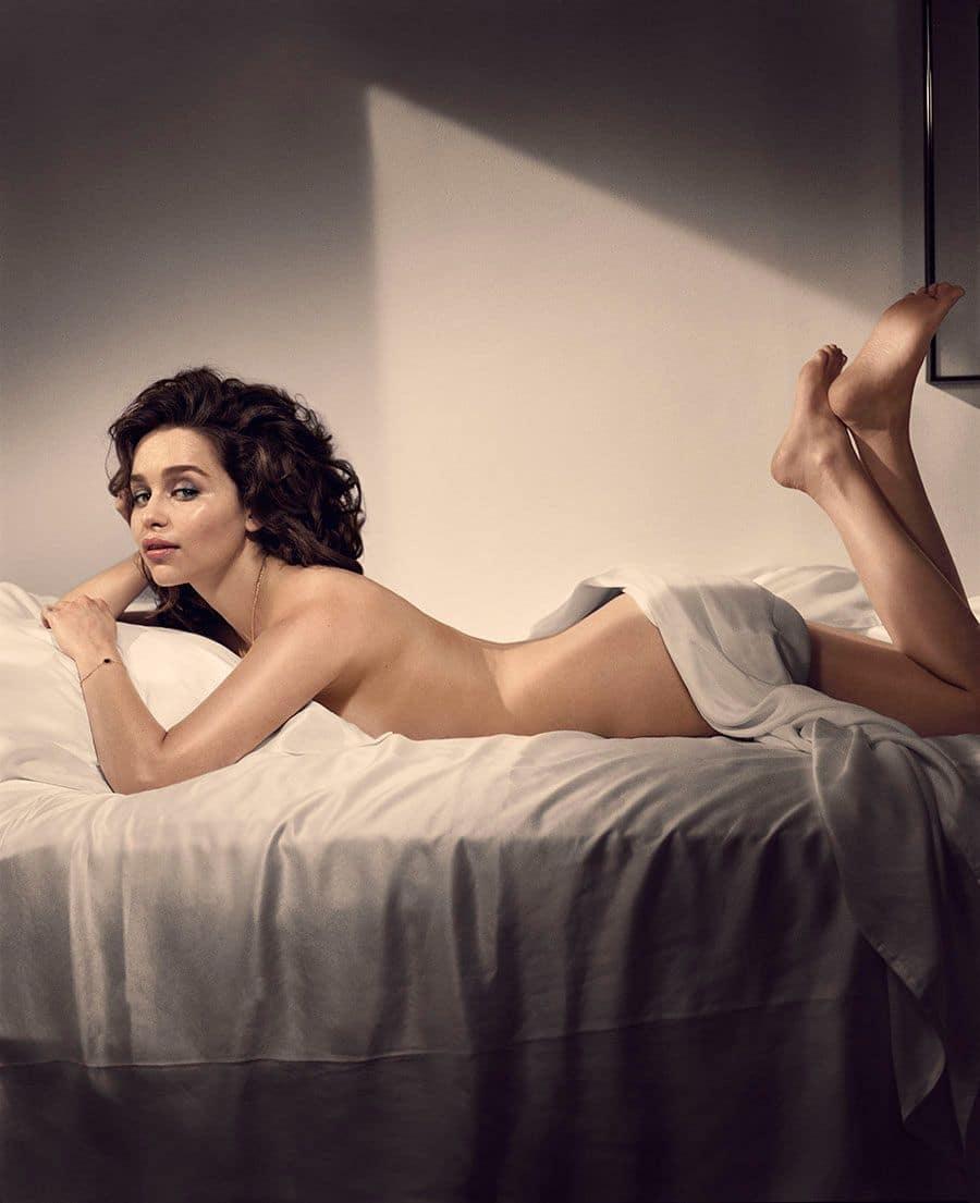 Emilia-Clarke-nahé-a-sexy-fotky7