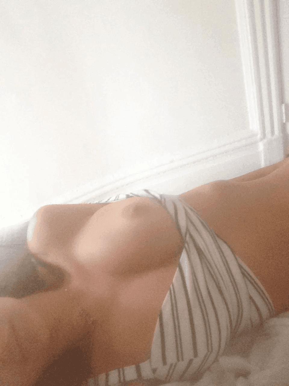 Nahá-Emily-Ratajkowski-32
