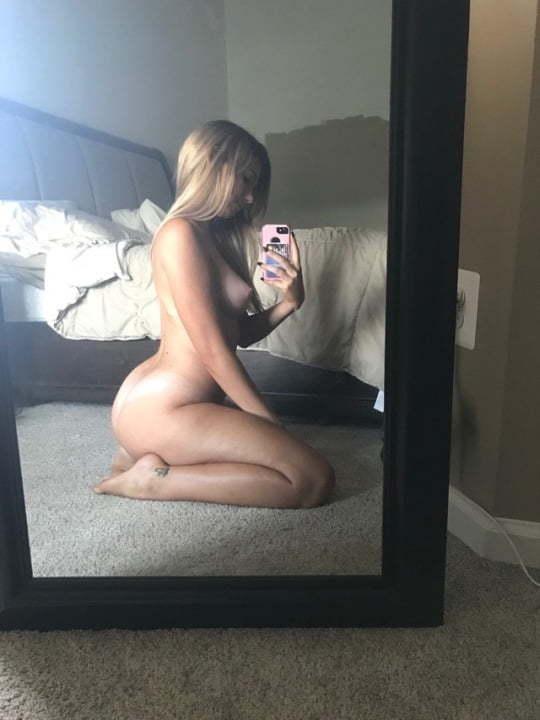 https://sexyna.org/wp-content/uploads/2019/01/Nahé-fotky-mladé-expřítelkyně-7.jpg