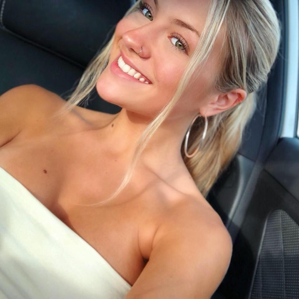 https://sexyna.org/wp-content/uploads/2019/06/Odhalená-přítelkyně-4-14.jpg