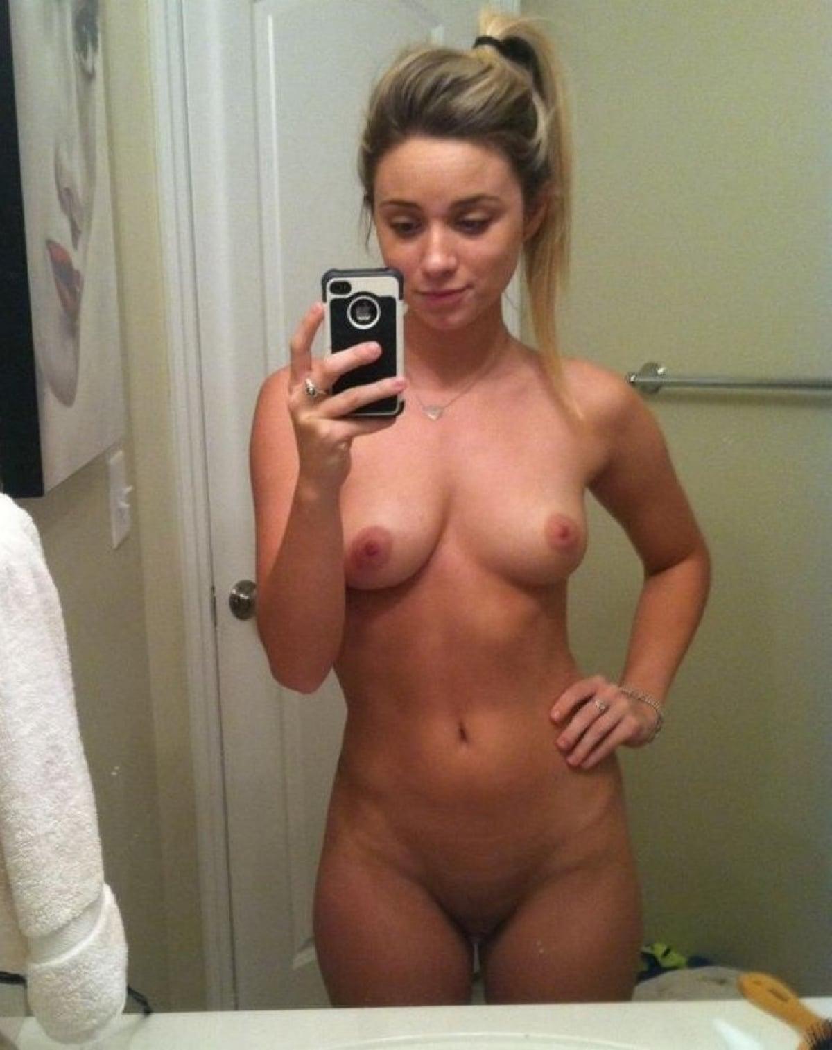 https://sexyna.org/wp-content/uploads/2019/08/Nahaté-selfie-amatérek-63.jpg