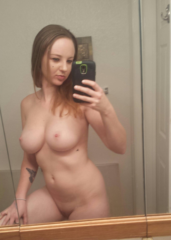 mama trudna porniće