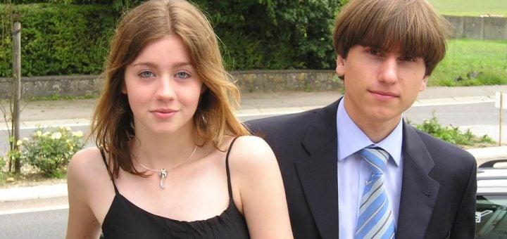Teen girl with her boyfriend